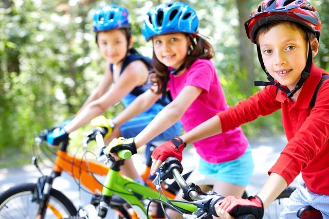 Les VTT sont-ils trop dangereux pour les enfants?